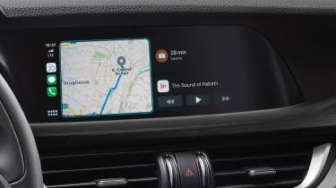 Alfa Romeo Stelvio - navigation