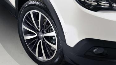 Vauxhall Crossland X wheel studio