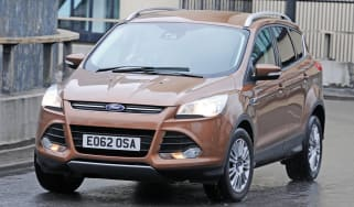 Ford Kuga 2.0 TDCi front cornering