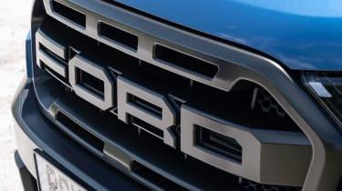 Ford Ranger Raptor - grille
