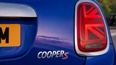 MINI Convertible - rear light
