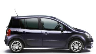 Renault Modus hatchback profile