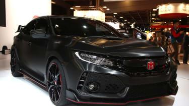 Honda Civic Type R 2017 concept - Paris front quarter 2