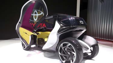 Toyota i-Tril concept Geneva - interior