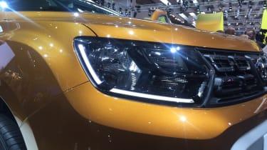 Dacia Duster - Frankfurt front light
