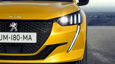 Peugeot 208 - front detail