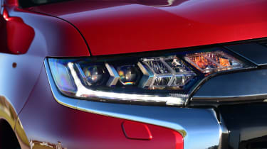 Mitsubishi Outlander PHEV - front light