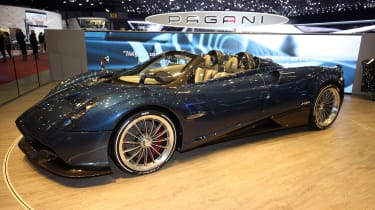 Pagani Hauyra Roadster Geneva - front/side