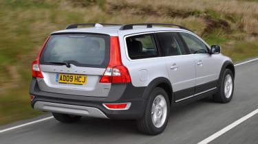Volvo XC70 rear tracking