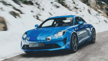 Alpine A110 sports car 2017 - front tracking 2