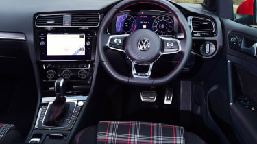 Volkswagen Golf GTI Performance Pack - dash