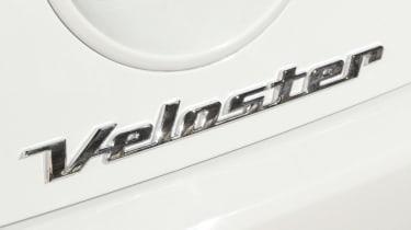 Hyundai Veloster badge
