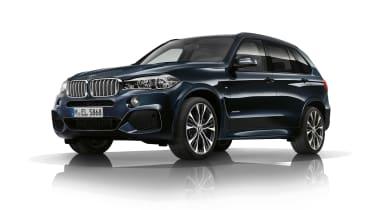 BMW X6 in dark blue
