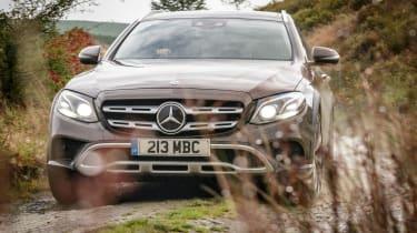 Mercedes E-Class All-Terrain - off-road cornering