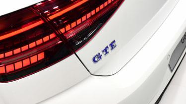 New 2017 Volkswagen Golf reveal - GTE badge