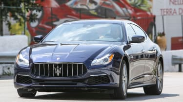 Maserati Quattroporte Diesel 2016 - front tracking 2
