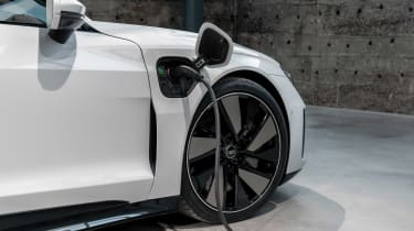 Audi e-tron GT - white charging