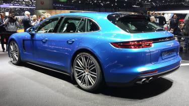 Porsche Panamera Sport Turismo show - rear
