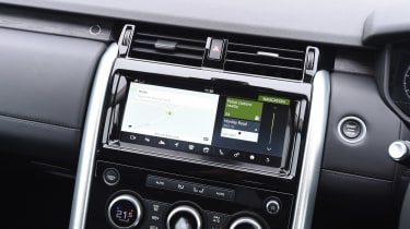 Land Rover Discovery HSE Si6 - infotainment