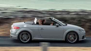 audi tt 20 years edition drive by