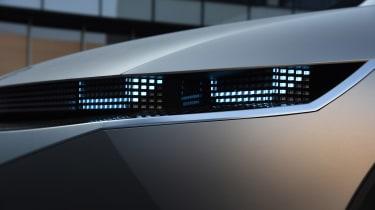 Hyundai 45 Concept - front lights