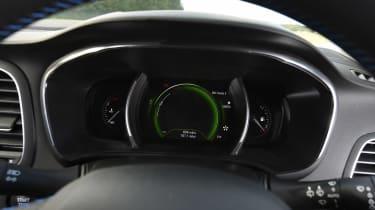 Renault Megane - dials