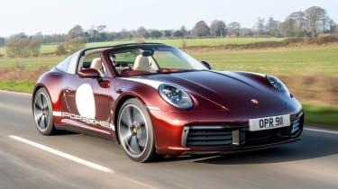 Porsche 911 Targa 4S Heritage Design Edition - front