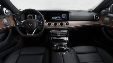 New Mercedes E-Class 2016 studio inside
