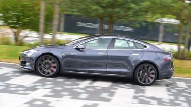 Tesla Model S 2016 facelift side