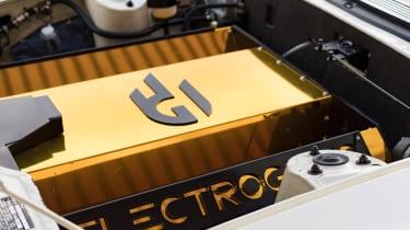 Electrogenic Triumph Stag - engine