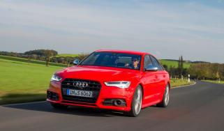 Audi S6 saloon 2014 tracking