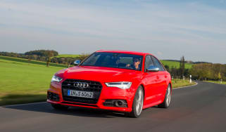 Audi S6 saloon 2014 tracking