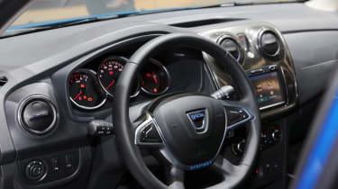 Dacia Logan MCV Stepway Geneva - dash