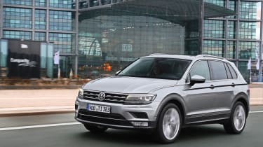 Volkswagen Tiguan 2016 - silver front tracking