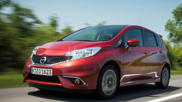 Nissan Note front tracking