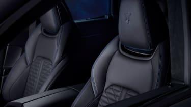 Maserati Levante Hybrid - front seats