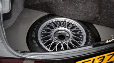 Ford Sierra RS500 Cosworth - spare wheel