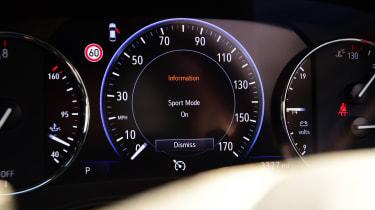 Vauxhall Insignia Grand Sport - dials