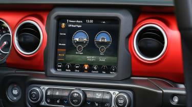 New Jeep Wrangler Rubicon - infotainment