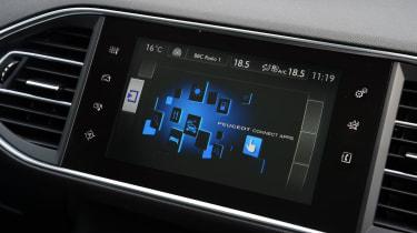Peugeot 308 SW - touchscreen