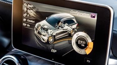 Mercedes AMG GLC 63 S - infotainment