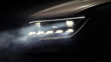 VW Touareg light teaser