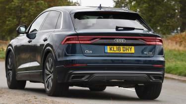 Audi Q8 - Rear Cornering
