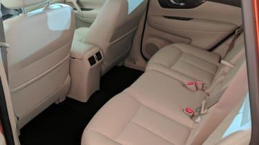 Nissan X-Trail - rear seats reveal