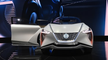 Nissan IMx SUV concept - Tokyo full front