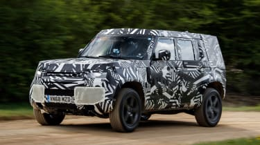 Land Rover Defender - front action