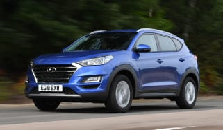Hyundai Tucson - front