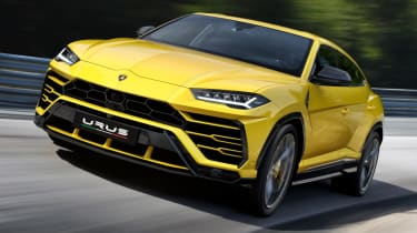 Lamborghini Urus - front on track