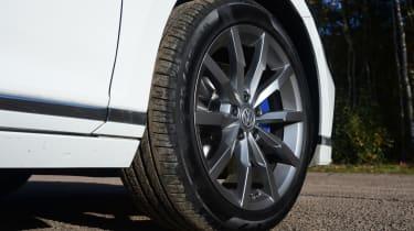 Volkswagen Passat GTE wheel