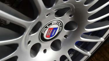 Alpina B5 Touring - wheel